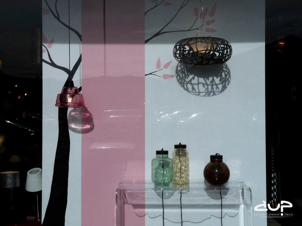 vitrine-printemps-rose-aup-deco